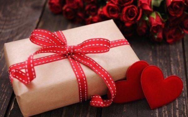kharid-kado-roz-valentain-www.20to20.ir_-1-600x374 بهترین هدیه های پیشنهادی برای روز ولنتاین